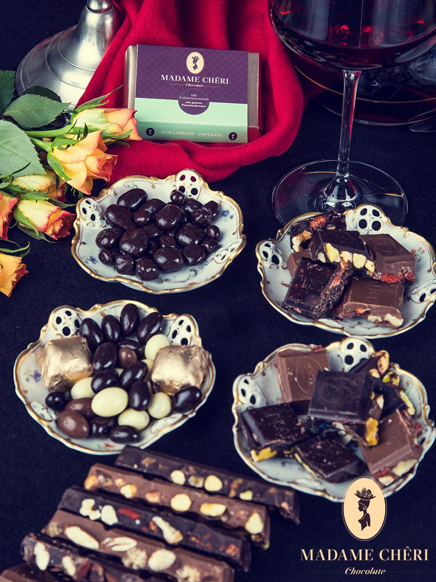 Madame Cheri Schokoladen Stillleben Komposition